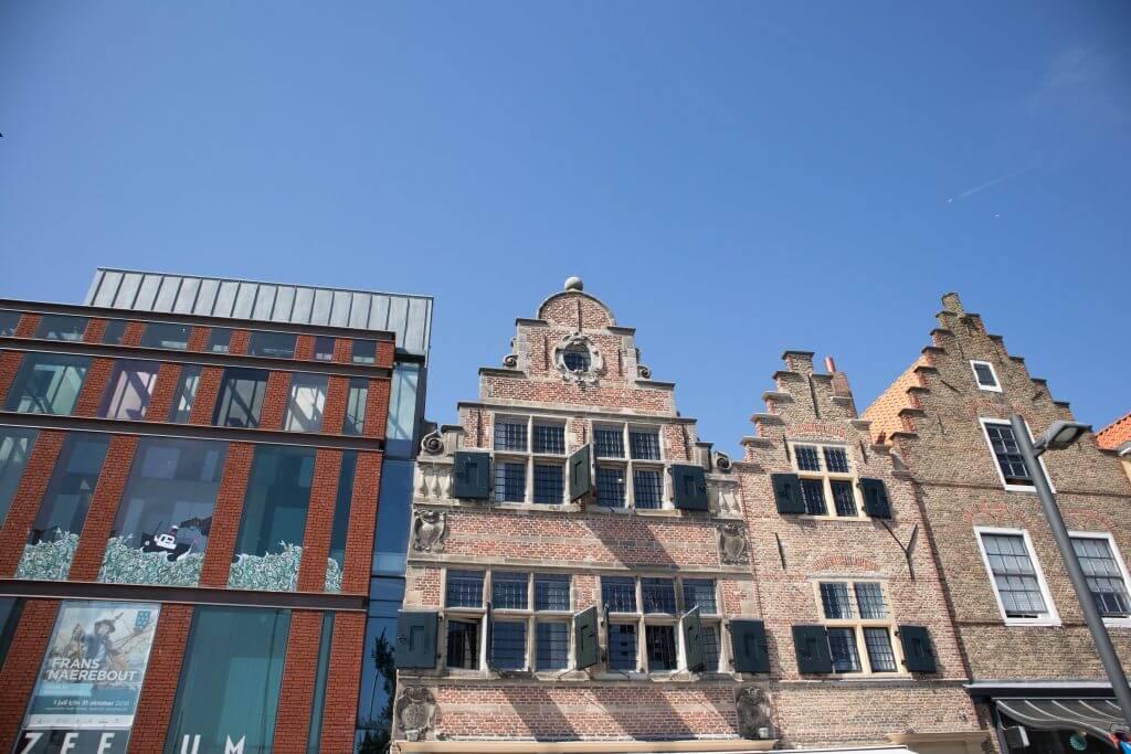 Oude geveltjes aan de Nieuwendijk