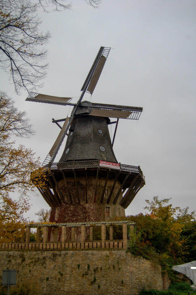 Hollandse molen in park Sanssouci