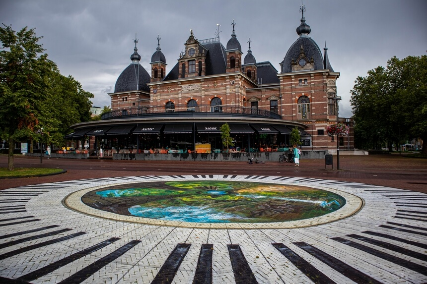 In Arnhem kun je meteen genieten van de mooie oude gebouwen