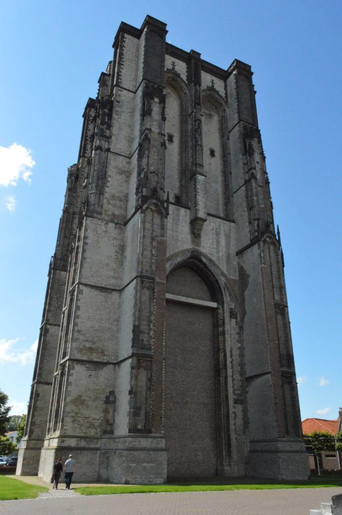 De Sint-Lievensmosntertoren of Dikke Toren in Zierikzee