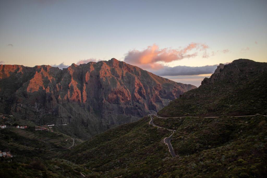 De TF-436 is een van de mooiste autoroutes op Tenerife