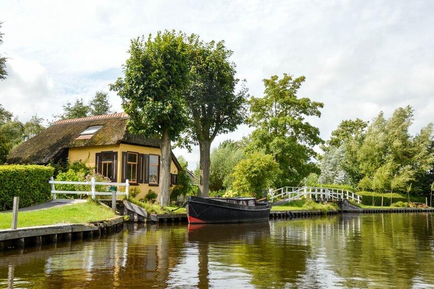 Boerderijen, bruggetjes en boten. Je vind het allemaal in Kalenberg
