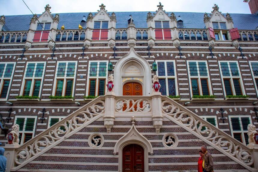 Stadswandeling Alkmaar stadhuis
