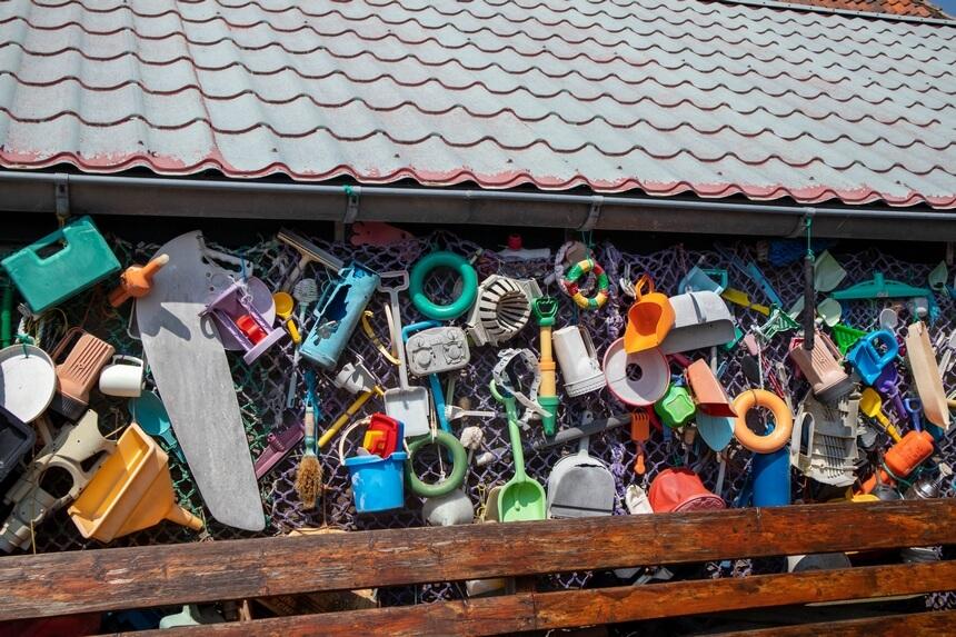 Een explosie van kleuren en vormen in het Juttersmuseum Texel