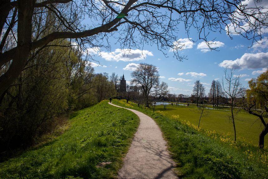 Parels langs de Linge: op weg naar Asperen